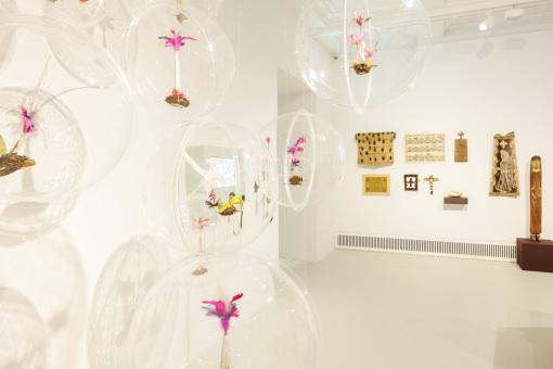 Acrylglaskugeln im Museum der Kulturen